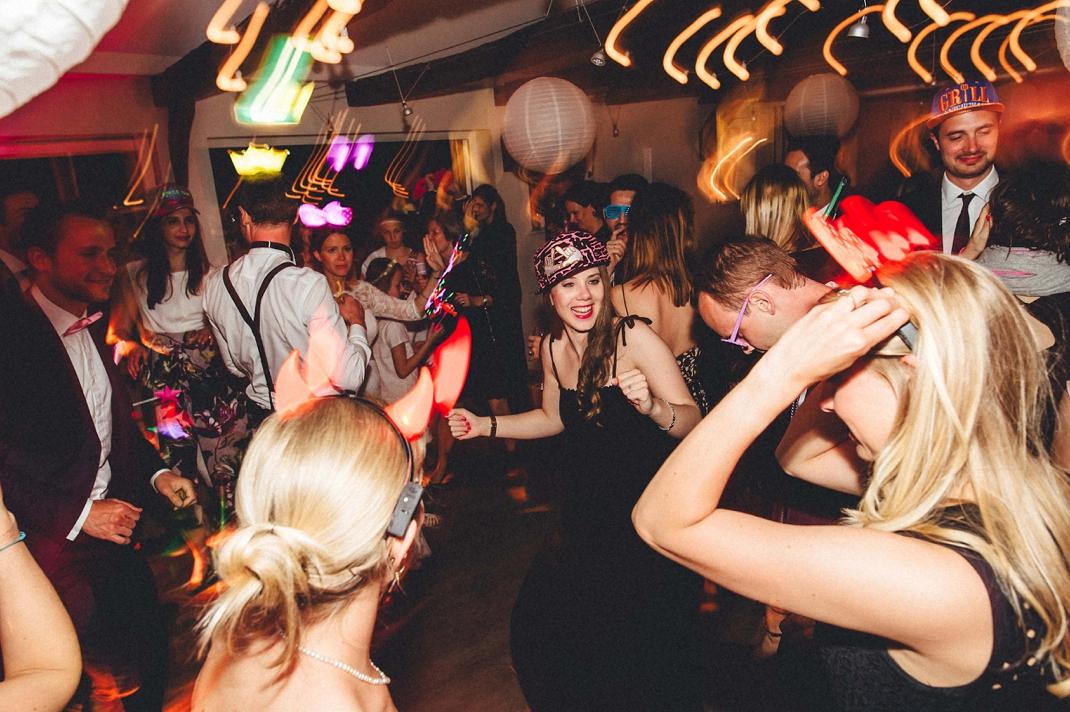 landhochzeit-heide-diy_0256 Hochzeitsfotograf Lüneburger heideChristiane & Lars Hochzeit auf dem Stimbekhof in der Lüneburgerheidelandhochzeit heide diy 0256