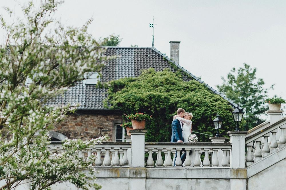 schloss-linnep- bohemian_1475 Hochzeitsfotograf schloss linnepJulia & René fröhliche Juni Hochzeit im Schloss Linnepschloss linnep bohemian 1475