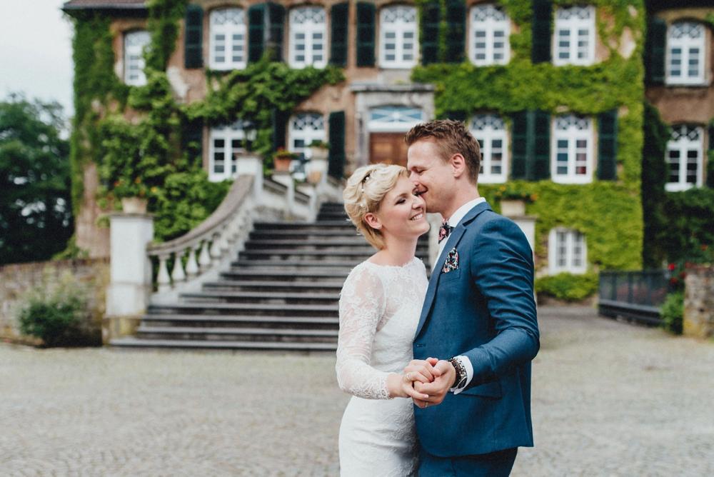 schloss-linnep- bohemian_1479 Hochzeitsfotograf schloss linnepJulia & René fröhliche Juni Hochzeit im Schloss Linnepschloss linnep bohemian 1479