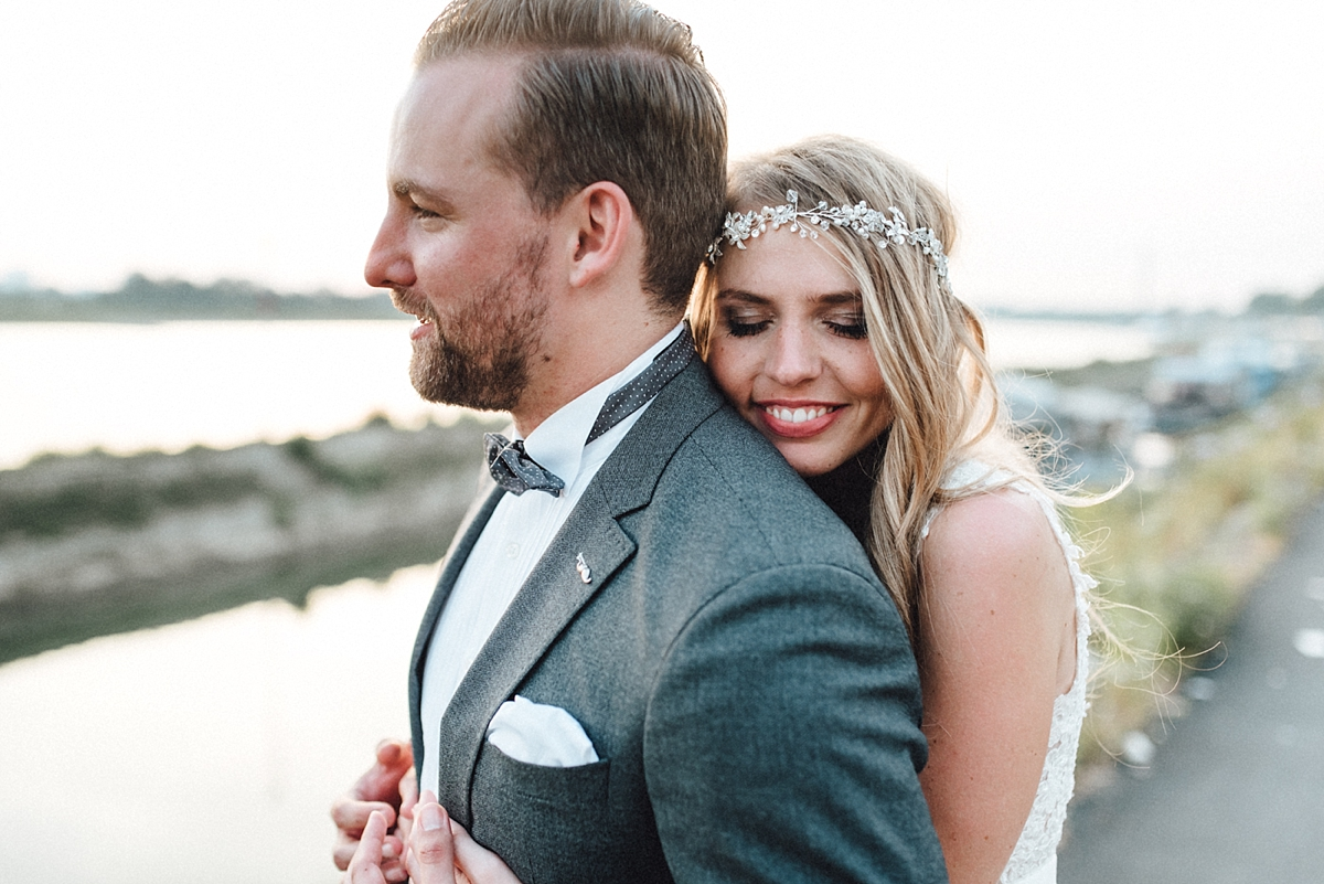 hochzeitsfotograf-boho-ibiza-duesseldorf Anna & Daniel Ibiza Feeling in Düsseldorf auf dem Hausboothochzeitsfotograf boho ibiza nrw kreativ wedding 234