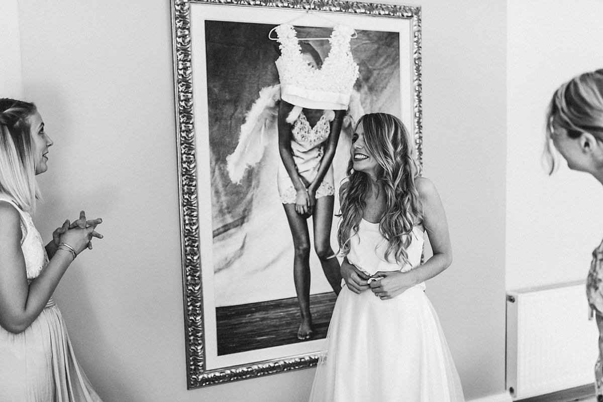 hochzeitsfotograf-boho-ibiza-duesseldorf Anna & Daniel Ibiza Feeling in Düsseldorf auf dem Hausboothochzeitsfotograf boho ibiza nrw kreativ wedding 39
