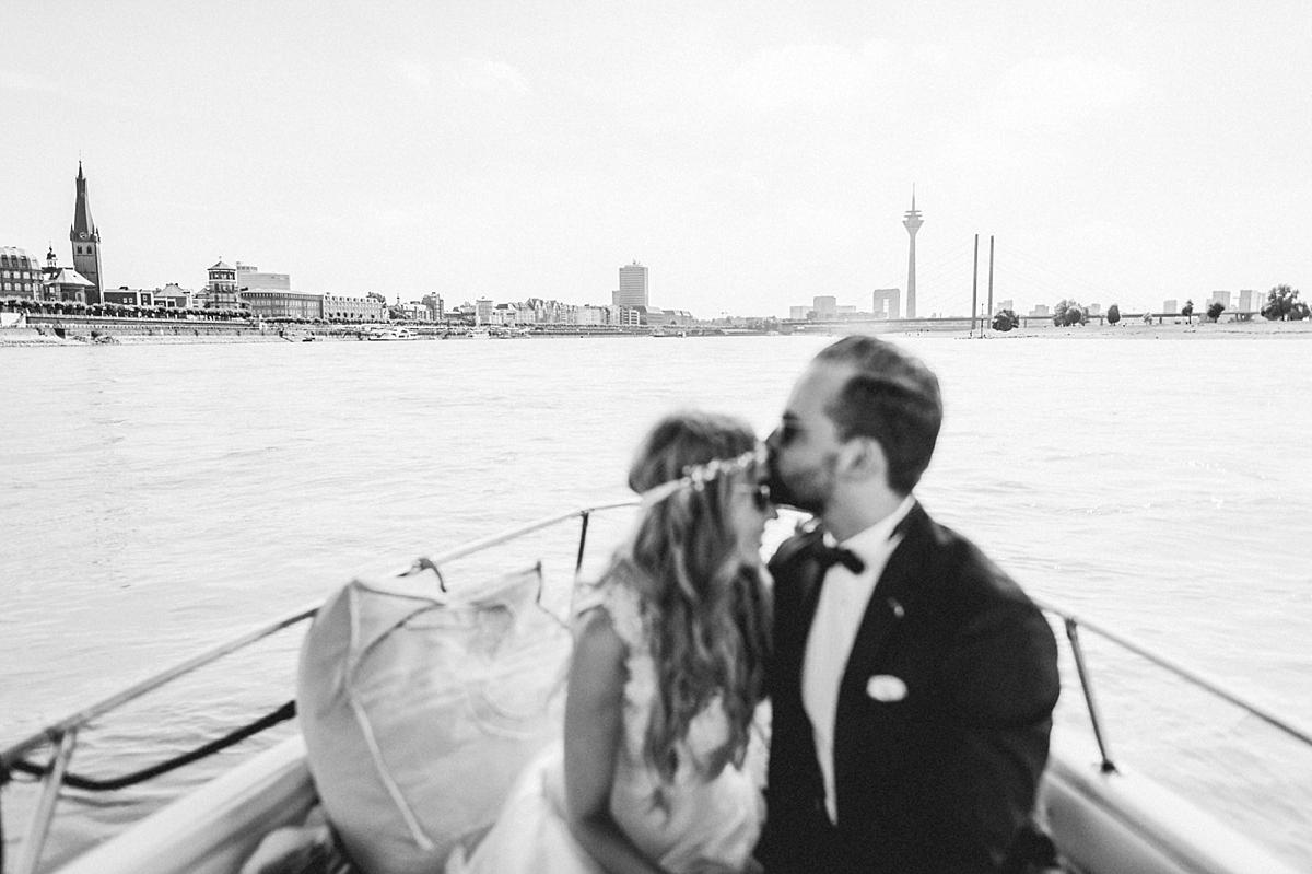 hochzeitsfotograf-boho-ibiza-duesseldorf Anna & Daniel Ibiza Feeling in Düsseldorf auf dem Hausboothochzeitsfotograf boho ibiza nrw kreativ wedding 81