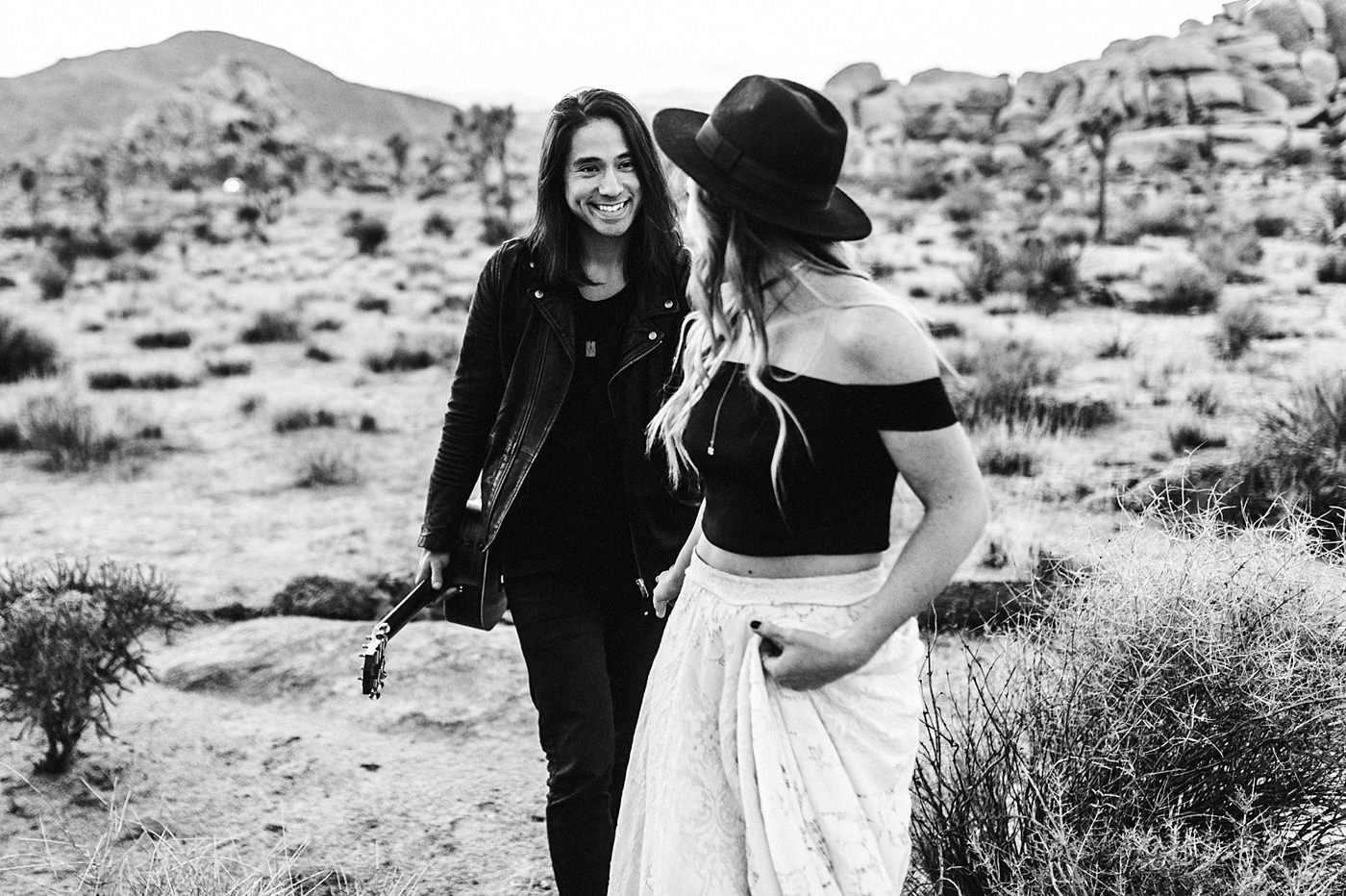 international-elopement-photographer_0204 Kinsey & Josh & Banjo Photographer in Joshuatreeinternational elopement photographer 0204