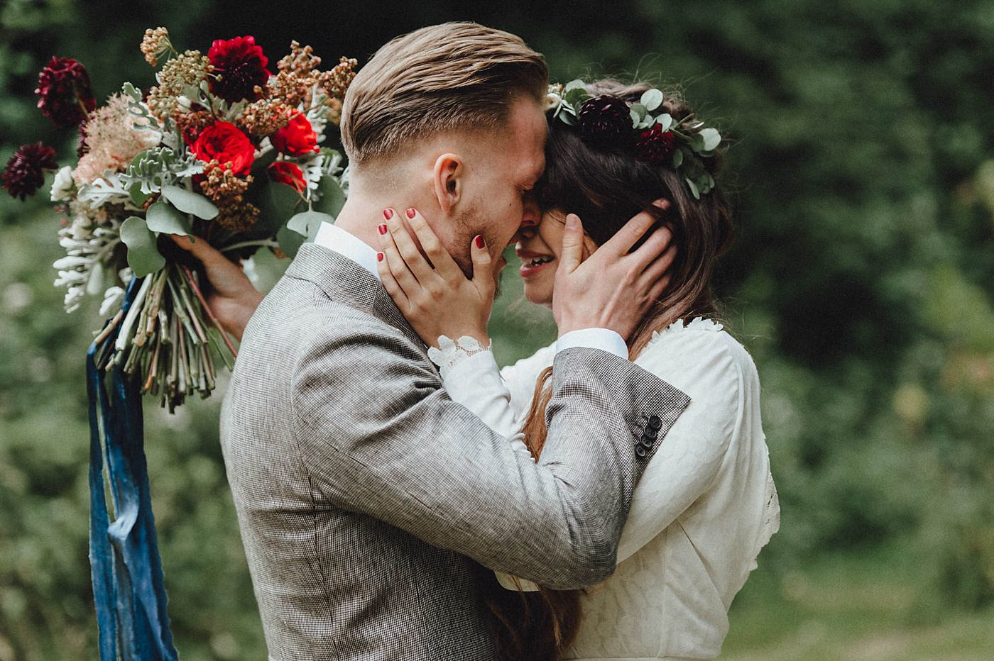 urban-elopement-wedding-102 Merve & Nils emotionales Elopement - Wedding Wesel & Schottlandurban elopement wedding 102 1