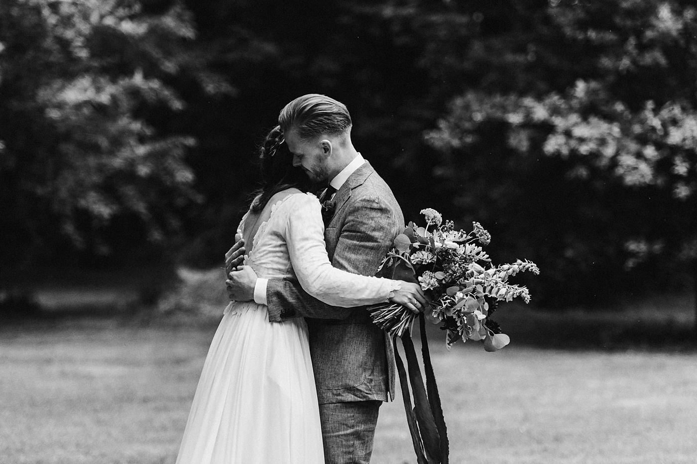 urban-elopement-wedding-111 Merve & Nils emotionales Elopement - Wedding Wesel & Schottlandurban elopement wedding 111 1