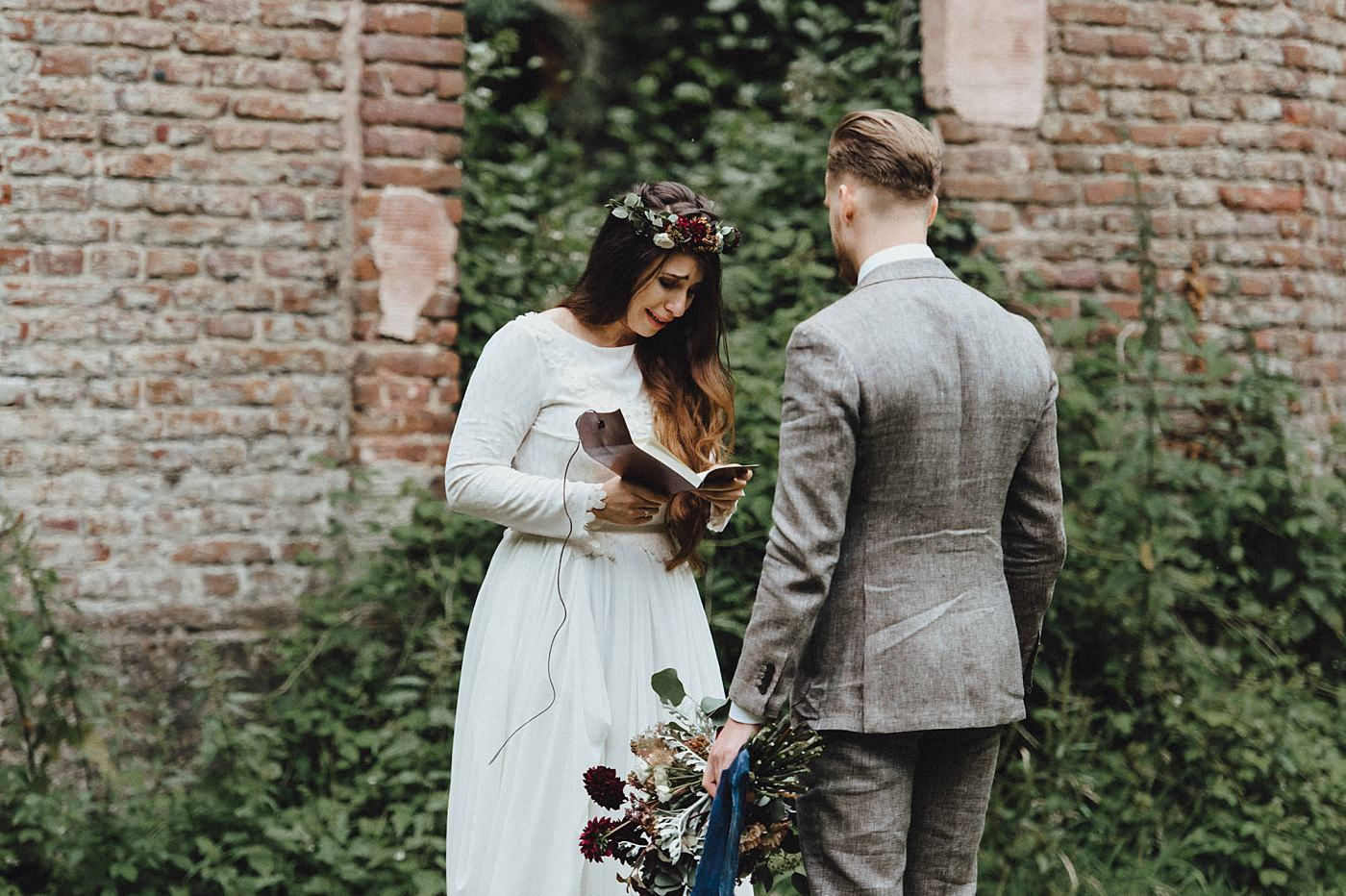 urban-elopement-wedding-114 Merve & Nils emotionales Elopement - Wedding Wesel & Schottlandurban elopement wedding 114 1