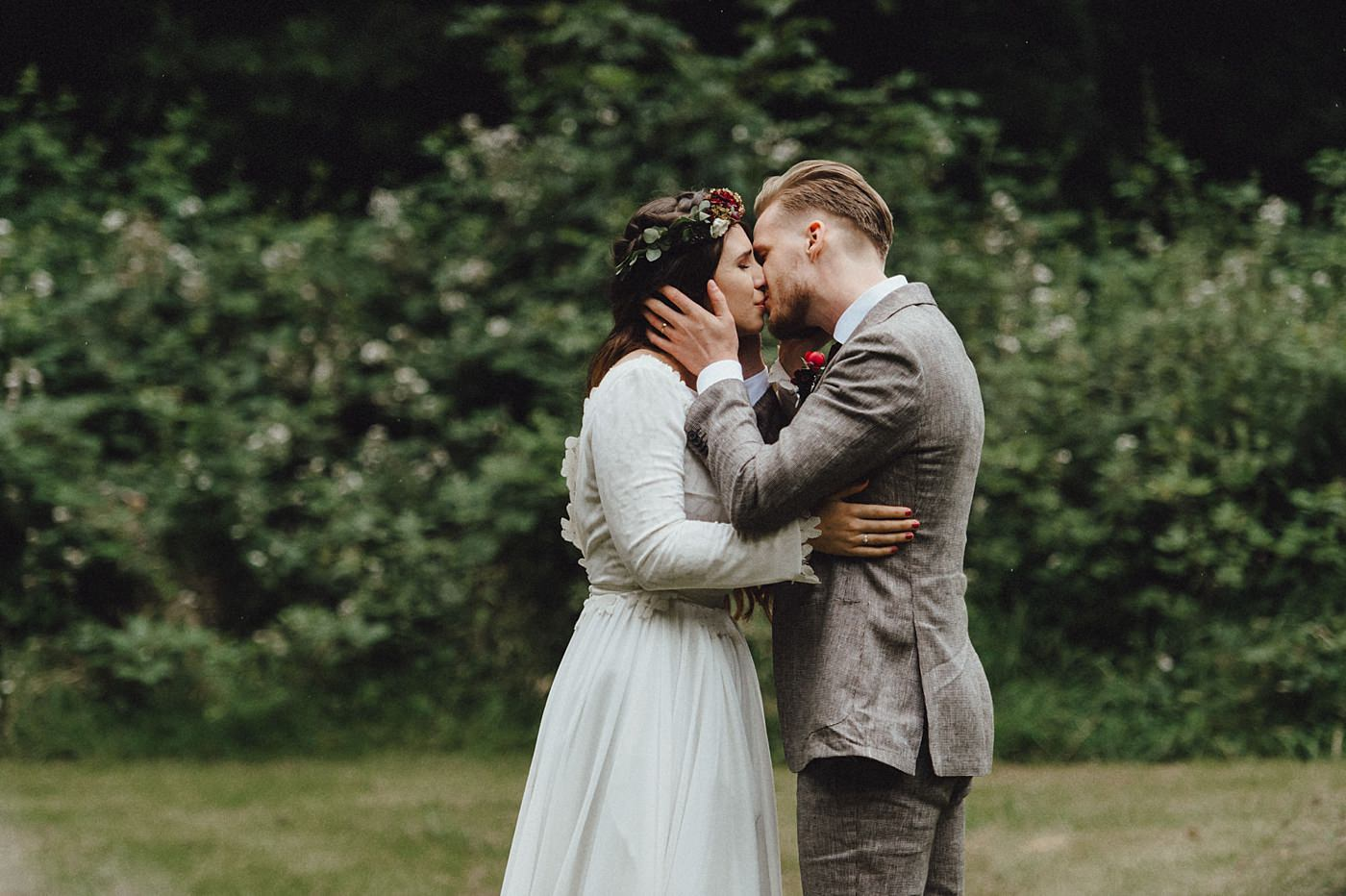 urban-elopement-wedding-124 Merve & Nils emotionales Elopement - Wedding Wesel & Schottlandurban elopement wedding 124 1