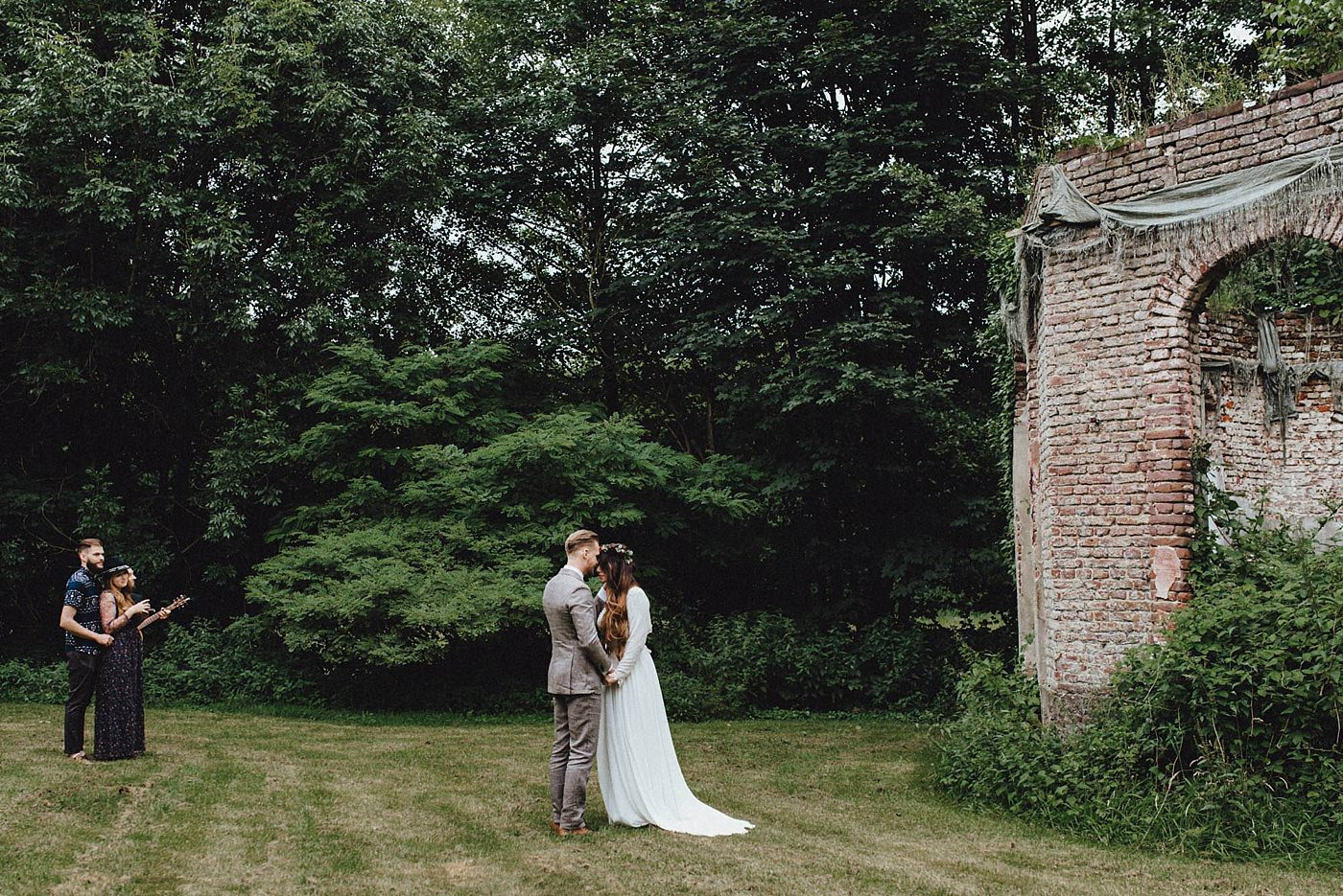 urban-elopement-wedding-126 Merve & Nils emotionales Elopement - Wedding Wesel & Schottlandurban elopement wedding 126 1