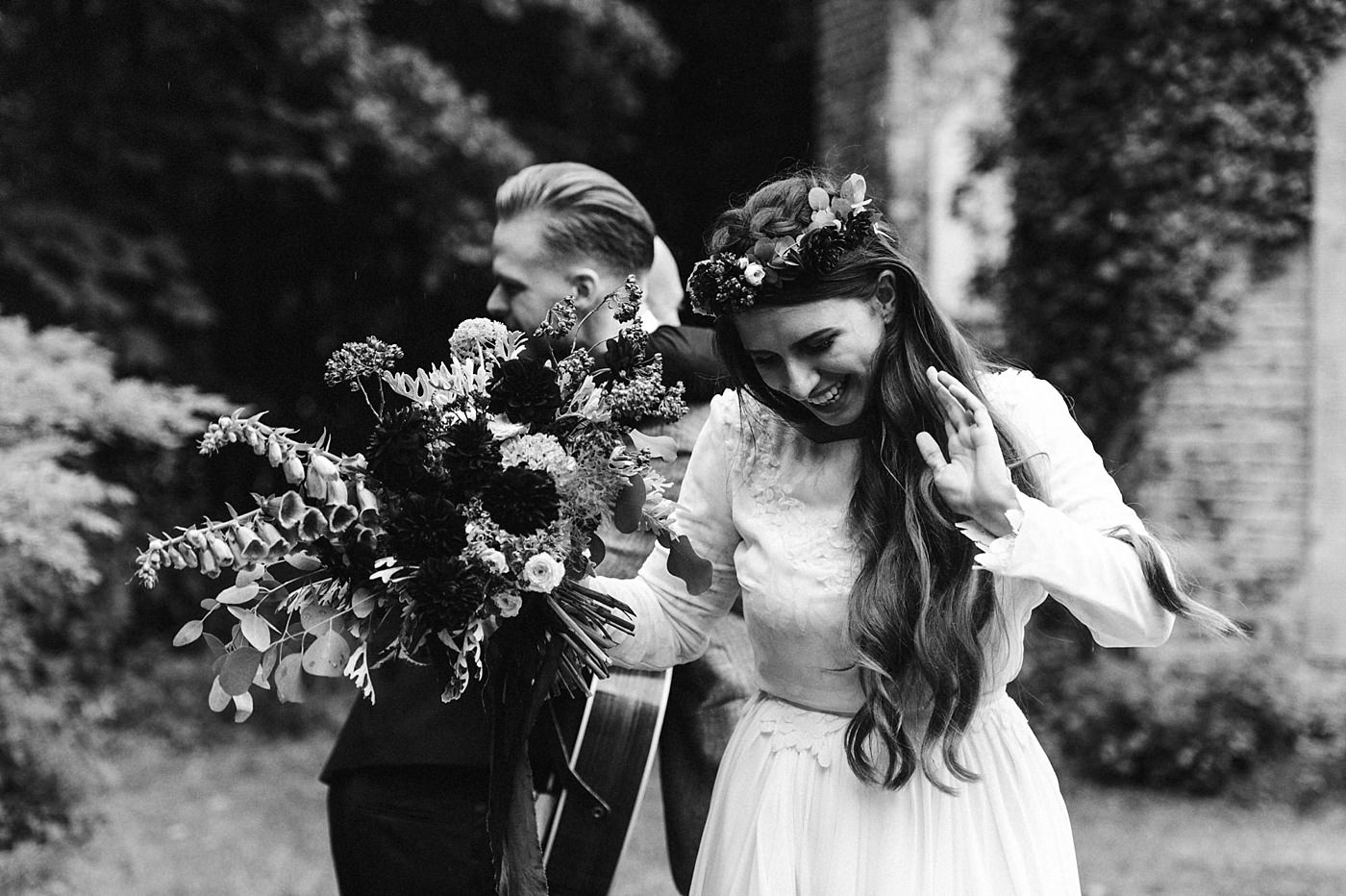 urban-elopement-wedding-129 Merve & Nils emotionales Elopement - Wedding Wesel & Schottlandurban elopement wedding 129 1