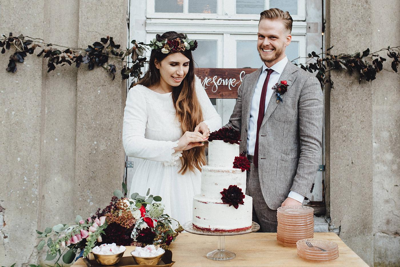 urban-elopement-wedding-166 Merve & Nils emotionales Elopement - Wedding Wesel & Schottlandurban elopement wedding 166 1