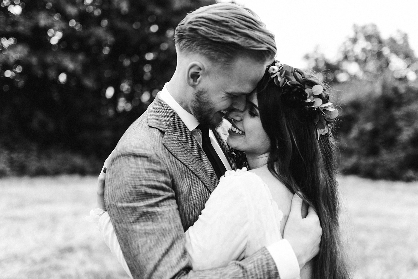 urban-elopement-wedding-218 Merve & Nils emotionales Elopement - Wedding Wesel & Schottlandurban elopement wedding 218 1