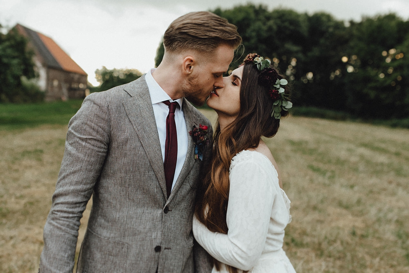 urban-elopement-wedding-229 Merve & Nils emotionales Elopement - Wedding Wesel & Schottlandurban elopement wedding 229 1
