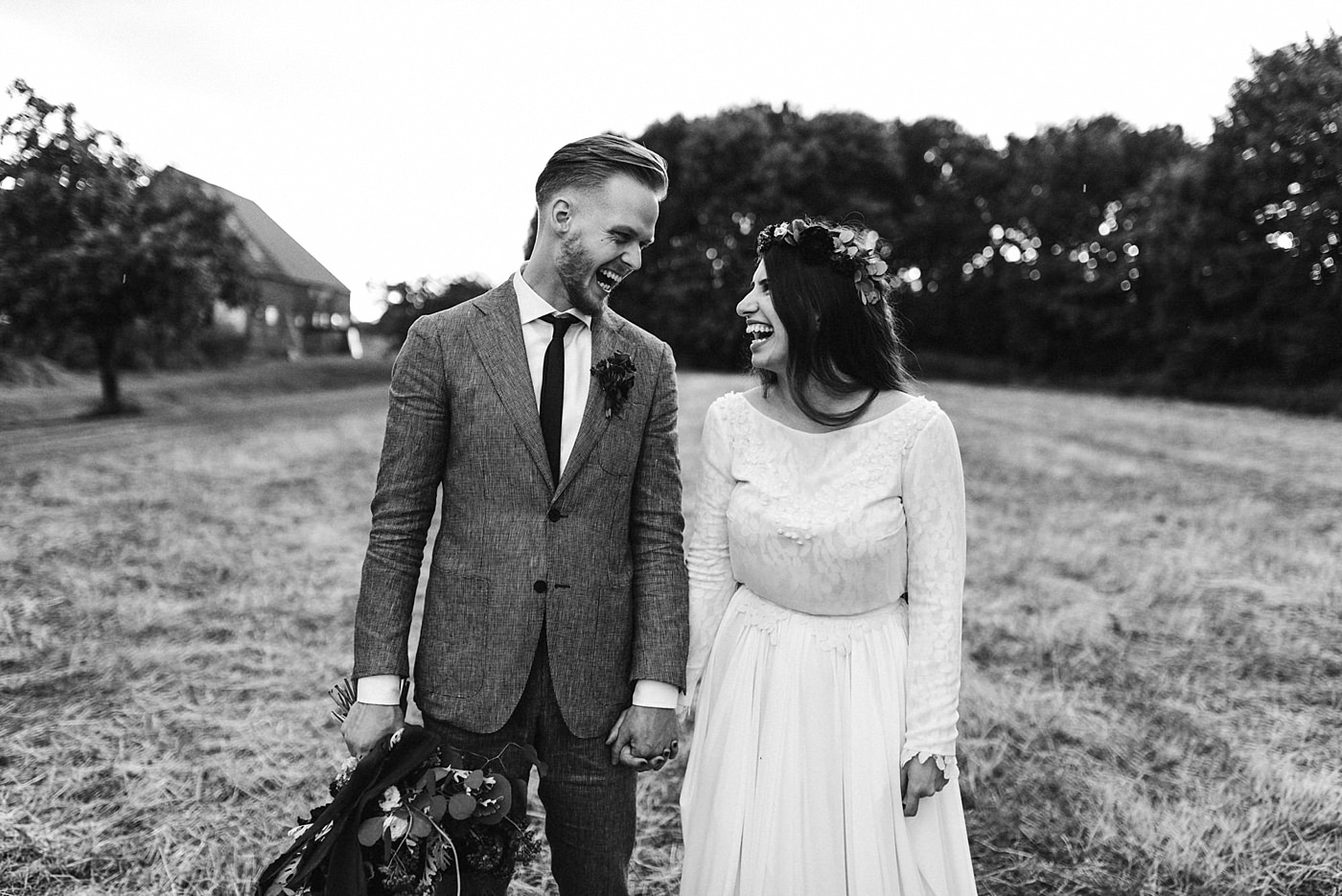 urban-elopement-wedding-237 Merve & Nils emotionales Elopement - Wedding Wesel & Schottlandurban elopement wedding 237 1