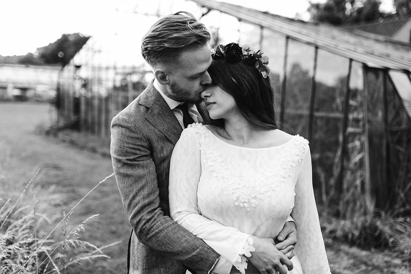 urban-elopement-wedding-253 Merve & Nils emotionales Elopement - Wedding Wesel & Schottlandurban elopement wedding 253 1