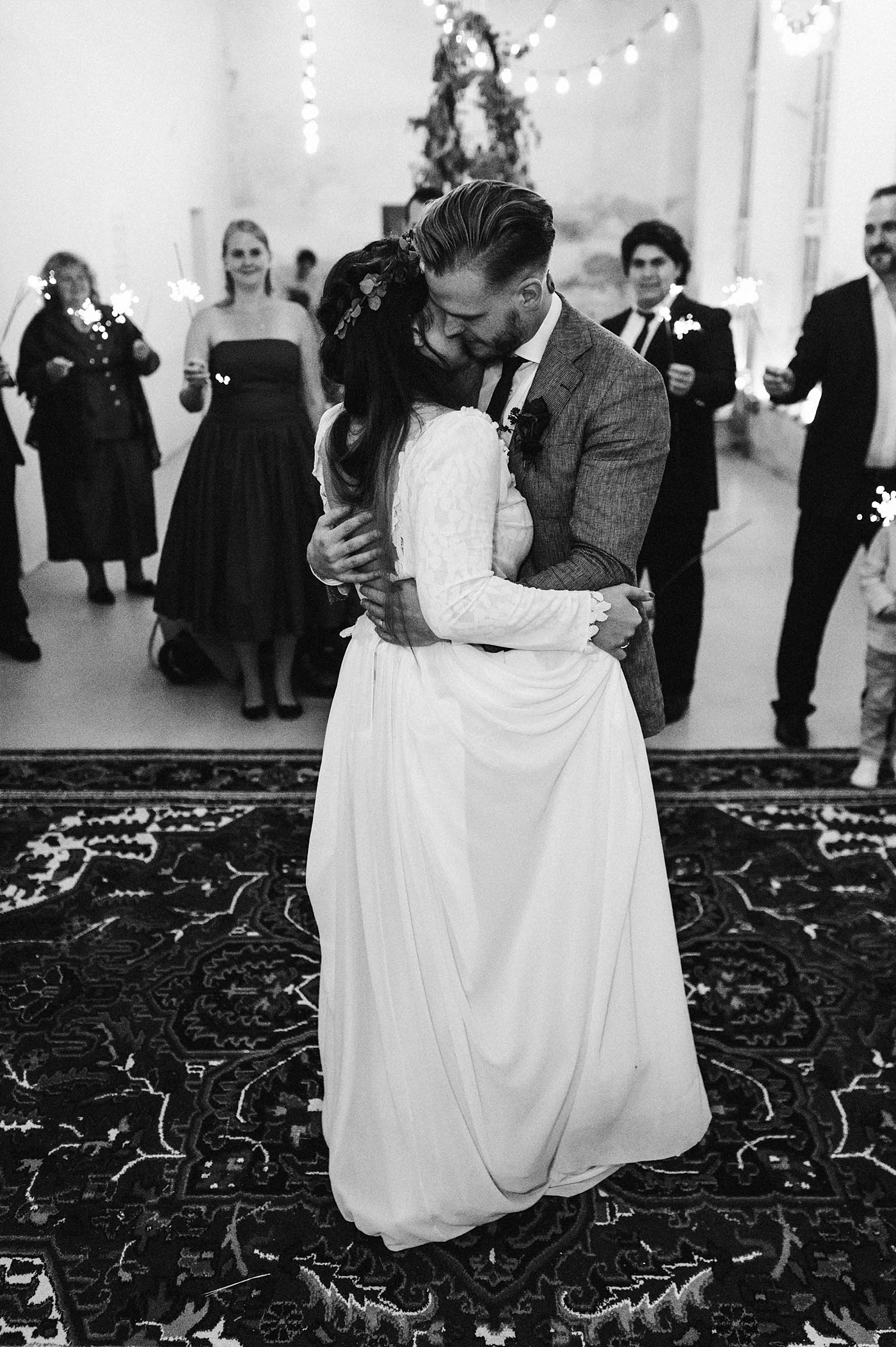 urban-elopement-wedding-266 Merve & Nils emotionales Elopement - Wedding Wesel & Schottlandurban elopement wedding 266 1
